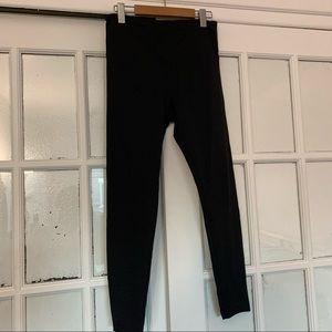 Basic black leggings